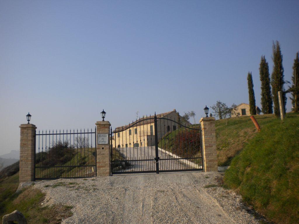 Strutture ricettive in Vendita a Montelparo #1