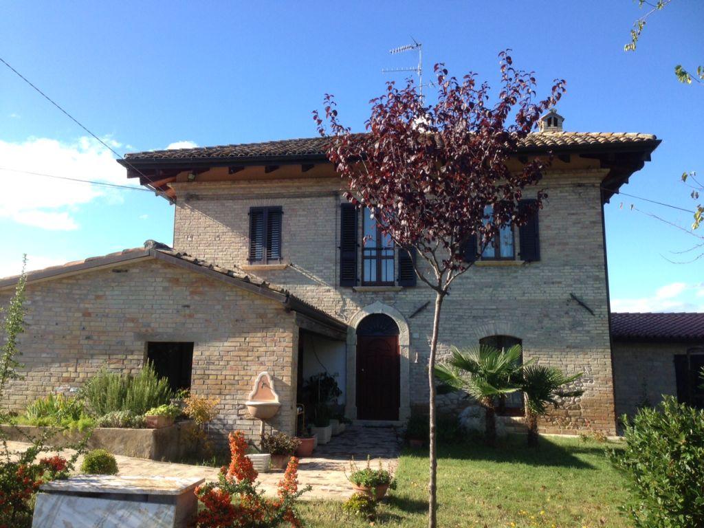 Rustici e casali in vendita a spinetoli codice 519 - Casa con terreno murcia ...