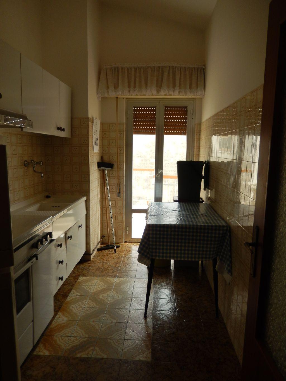Case indipendenti in vendita a alba adriatica codice 532 for Case indipendenti in affitto genova