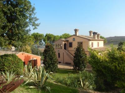Ville di Prestigio in Vendita a Potenza Picena #2