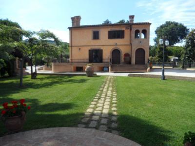 Ville di Prestigio in Vendita a Potenza Picena #15