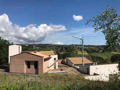 Ville di Prestigio in Vendita a Acquaviva Picena #2